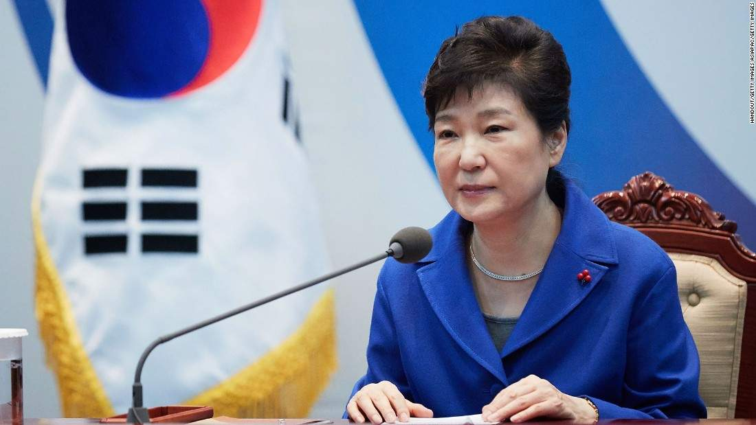 South Korea: Park deeply apologizes as she meets with prosecutors