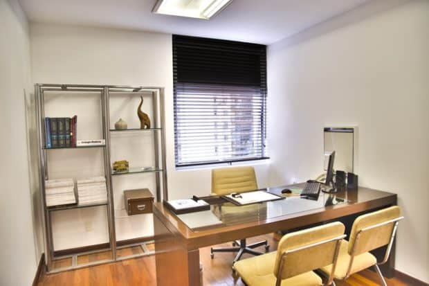 What to Look for in a Home Office During the House Buying Process