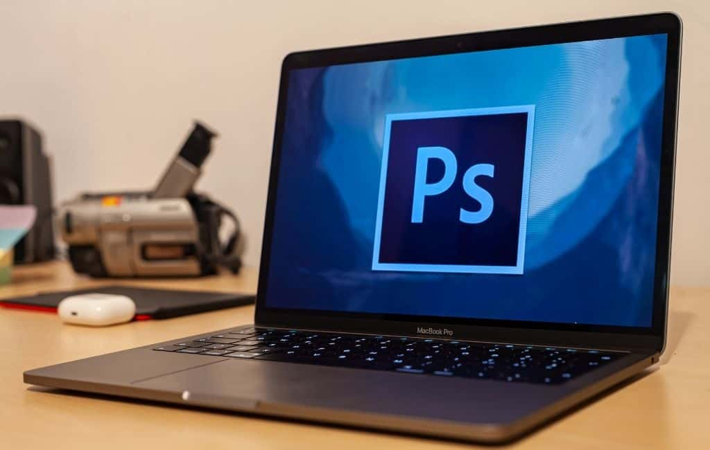 How to Mask in Photoshop to Hide Layers